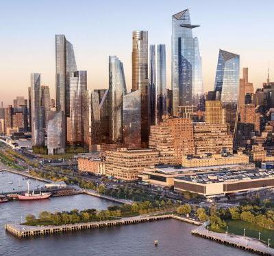 Amazon is hiring 2,000 people in New York City as the $5 billion bidding war for its new headquarters rages