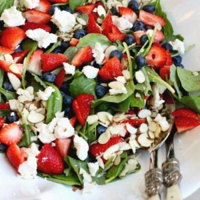 Strawberry Blueberry Spinach Salad