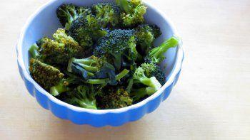 Steamed Broccoli & Steamer Baskets