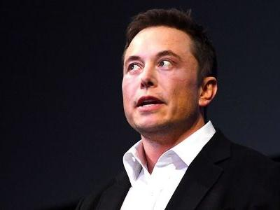 Members of Tesla's board of directors are lawyering up as crisis around Elon Musk deepens