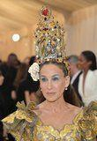Don't Let That Headpiece Distract You -It's All About Sarah Jessica Parker's Silvery Blue Shadow