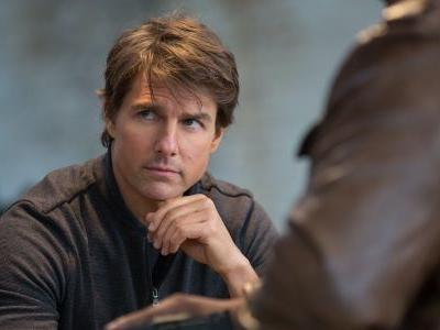 That Time Tom Cruise Ate Chocolate Cake For Three Days Straight While Shooting The Outsiders