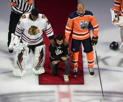 Wild's Matt Dumba becomes first NHL player to kneel for national anthem