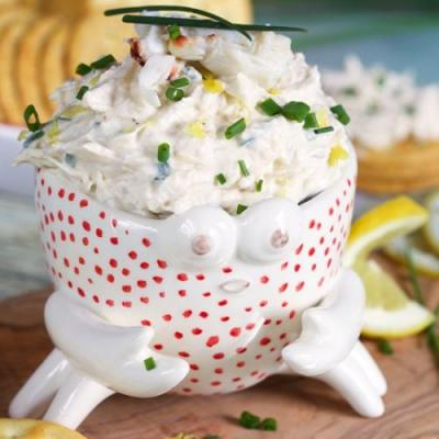 The BEST Cold Crab Dip