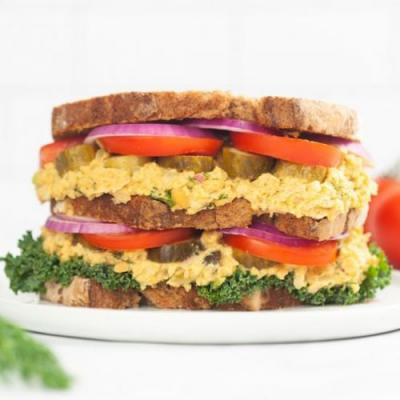 Vegan Smashed Chickpea Sandwich