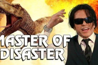 Tommy Wiseau Hilariously Inserts Himself Into Famous Disaster