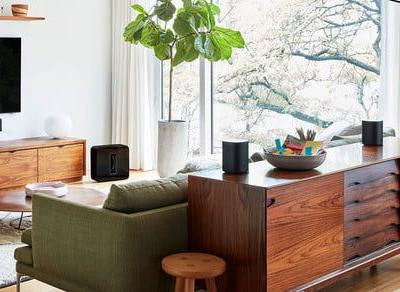 The new Sonos One smart speaker supports Alexa and Google Assistant voice control