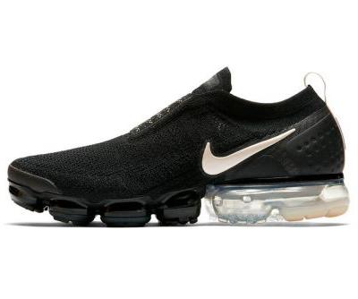 "Nike Air VaporMax Moc 2 Gets a Slick ""Black/Light Cream"" Look"