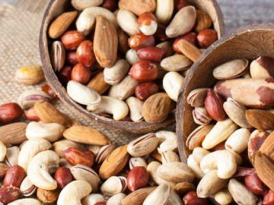 Top 9 Healthiest Nuts + Benefits of Healthy Nuts