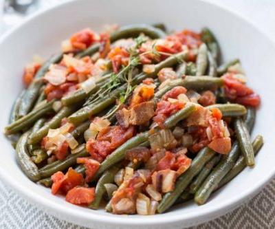 Pressure Cooker Green Beans with Tomatoes and Bacon