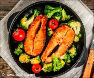 Eating Fish, Vegetables May Lower Hypertension-related Heart Disease Symptoms