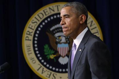Obama declines to sign Iran legislation, lets it become law anyway