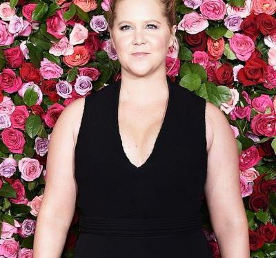 How Amy Schumer Changed Up Her Beauty Routine For Pregnancy