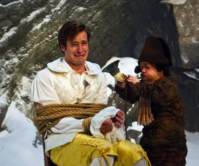 5 Armie Hammer movie moments that are even creepier amid DM scandal