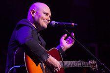 Smashing Pumpkins Frontman Billy Corgan Is Not Taylor Swift's Father, Says Billy Corgan