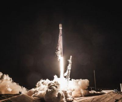 FCC approves SpaceX's plan to launch more than 7,000 internet-beaming satellites