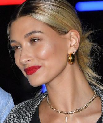 Hailey Baldwin Reportedly Wanted A City Hall Wedding With Justin Bieber For A Romantic Reason