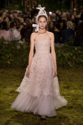 Attention 2017 Brides! Dior Haute Couture Has All the Inspo You Need