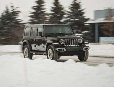 2018 Jeep Wrangler Unlimited V-6 AWD Automatic Tested: A Trail Rig with Crossover Envy