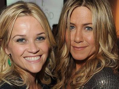 Jennifer Aniston and Reese Witherspoon will star in Apple's first scripted TV series, as the tech giant takes on Hollywood