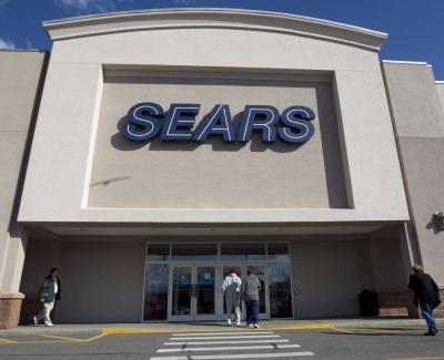 Sears, Kmart could be liquidated with no bid to save 2 retail icons