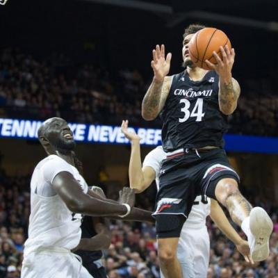 No. 25 UCF holds off No. 19 Cincinnati 58-55