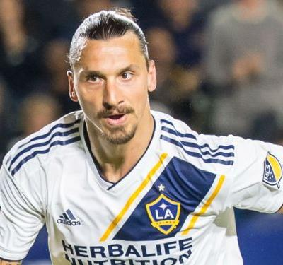 MLS Review: Ibrahimovic on cusp of 500th goal, Martinez sets record