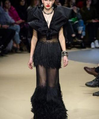 Alexander McQueen Proves Black Is Back At Paris Fashion WeekSee