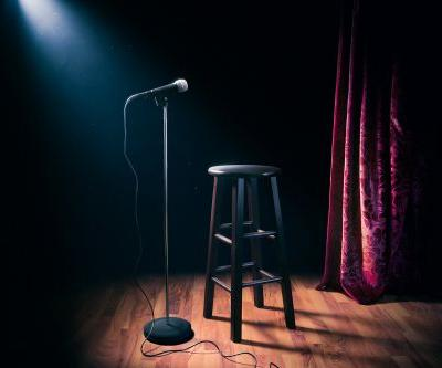 Comedy clubs offer a year of free standup to federal workers