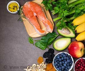 Modified Mediterranean-Ketogenic Diet may Reduce Alzheimer's Disease Risk