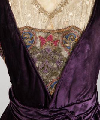 Up Close: Evening Dress, 1910-1915