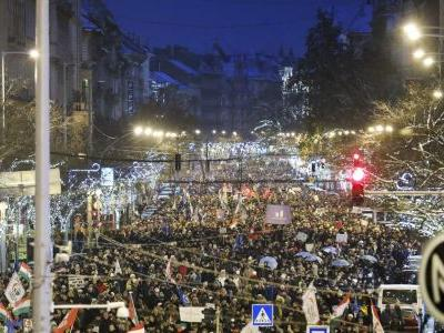 Hungary: Protesting MPs ejected from state Broadcasting HQ