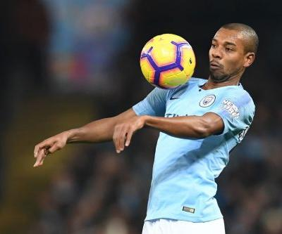 Guardiola urges Fernandinho to drop back for a future