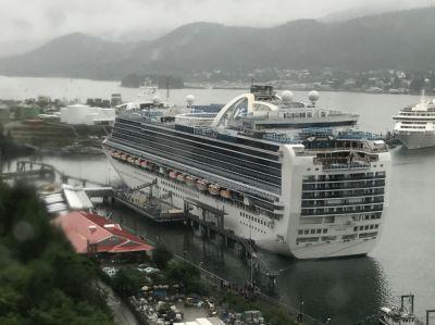Woman found dead on cruise ship; FBI investigating