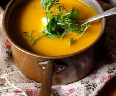 Cozy Up With This Cheeseless Butternut Squash Fondue Now, Thank Us Later