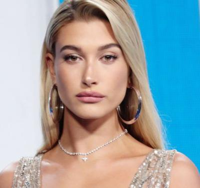 Hailey Baldwin Was A Goth Maid Of Honor At Her Sister's Wedding