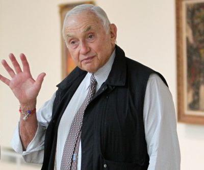 L Brands boss Leslie Wexner to step down as company sells off Victoria's Secret