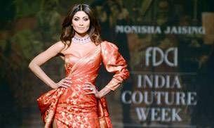India Couture Week: Shilpa Shetty sets the ramp on fire in red and gold