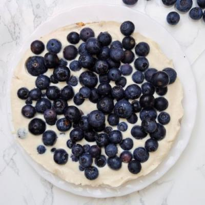Vegan Cheesecake with Blueberries