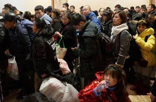 China border crossings up over Lunar New Year holiday: Xinhua
