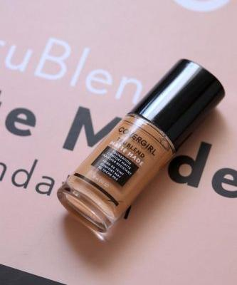 COVERGIRL Trublend Matte Made Foundation Doesn't Budge for Nothin'