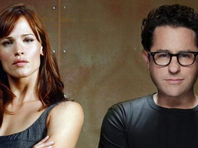 Alias' Jennifer Garner & JJ Abrams Reuniting For New Apple TV Drama