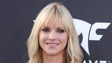 15 Relatable Quotes About Motherhood From Anna Faris