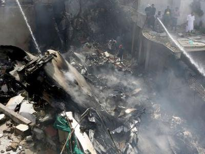 The pilot of the crashed passenger plane in Pakistan sent a distress call saying 'we have lost 2 engines' just before it went down