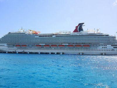23 passengers removed from cruise ship after series of brawls