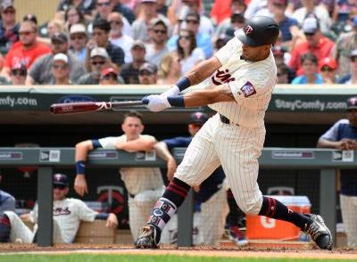 6-Run Outburst Lifts Rangers Over Twins To 7th Straight Win