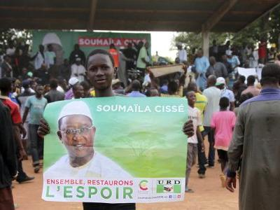 Malians vote in presidential runoff amid security concerns