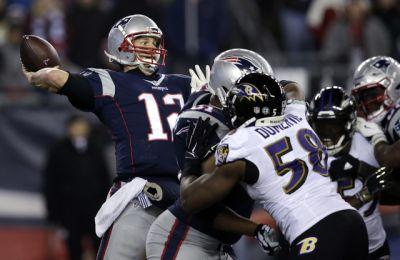 Brady, Pats hold off Ravens in Foxborough, 30-23