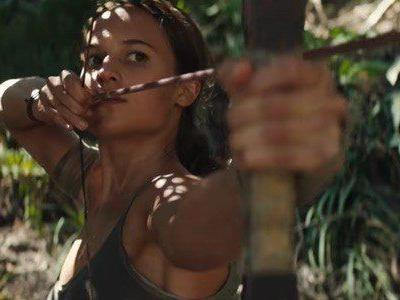 'Tomb Raider' Review: Alicia Vikander Kicks Ass, Even If the Film Does Not