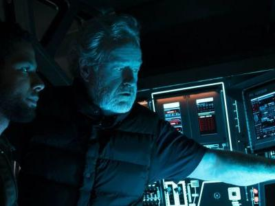 Ridley Scott to Direct TNT Sci-Fi Series Raised by Wolves